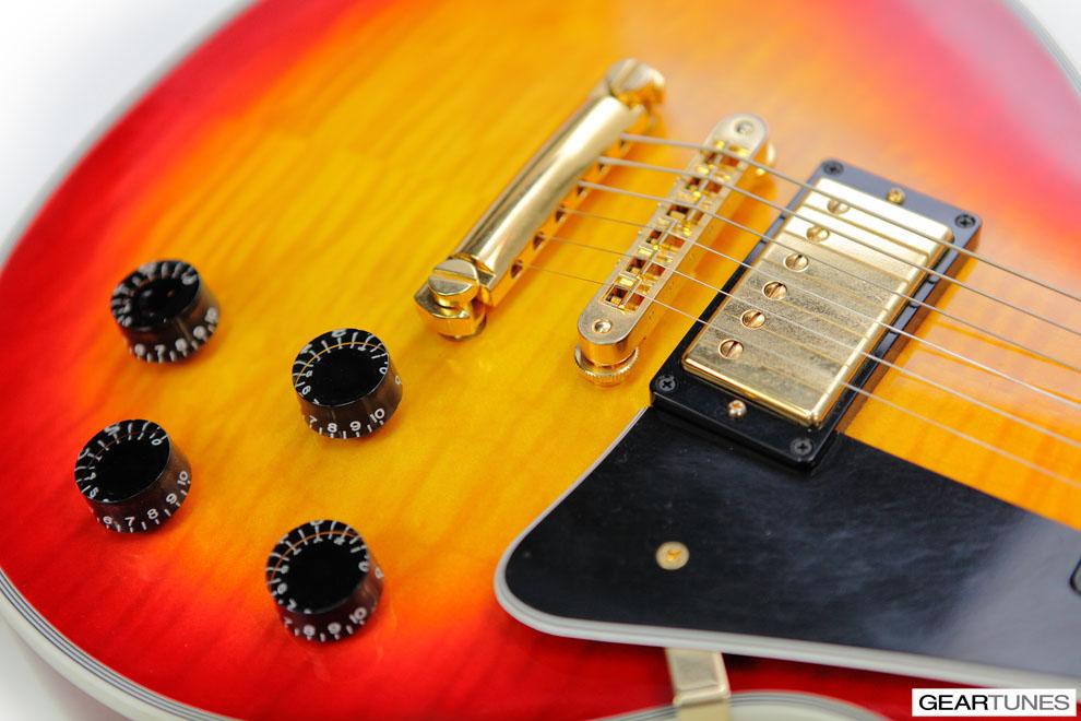Guitars Gibson Les Paul Custom (Heritage Cherry Sunburst) 2