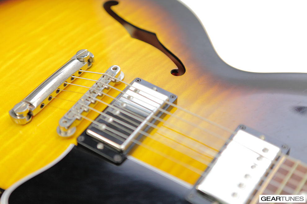 Electric Gibson ES-335 5