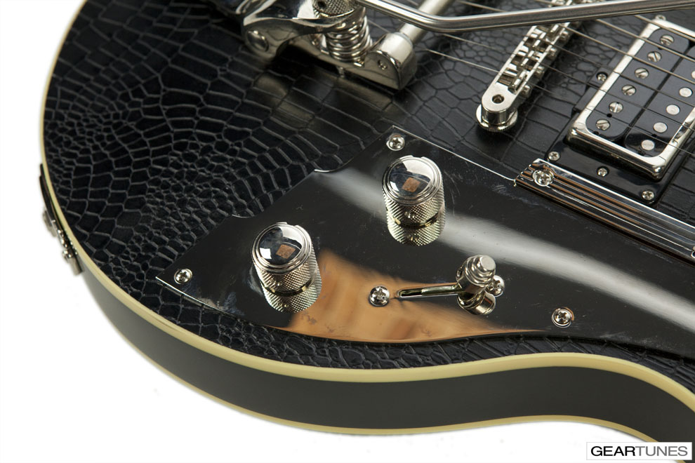 Hollow and Semi-Hollow Duesenberg Outlaw 4