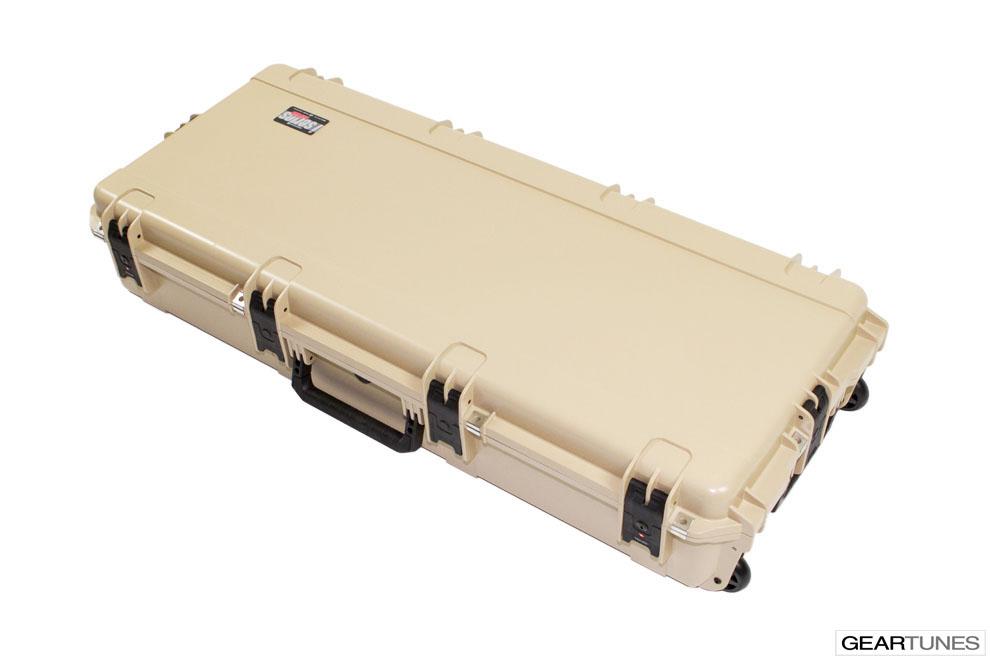 Guitar Case SKB 3I-4217-18T Injection Molded Acoustic Guitar Case, Tan 2